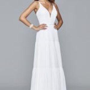 FAVIANA 7923 WHITE SIZE 6 CHIFFON V-NECK DRESS